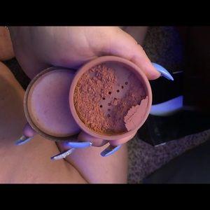 Mica beauty bronzer